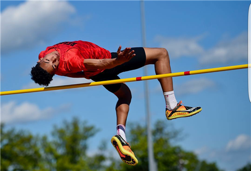Juan Mato in the high jump
